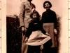 Raffaella con la mamma e il papà